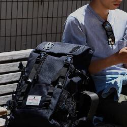男性 おすすめ 旅行 バックパック