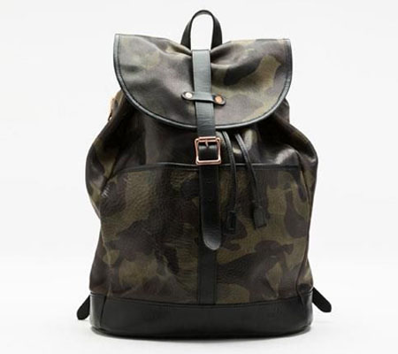 モブリス Camo Leather Rucksack