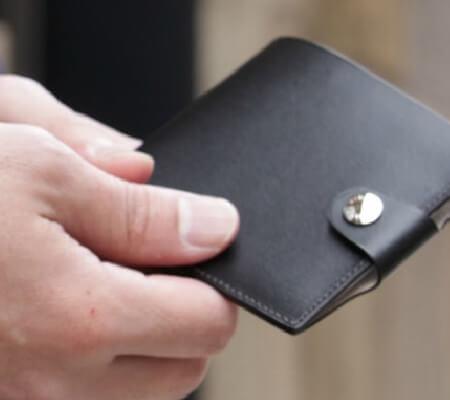 フリースピリッツのマネークリップ カード1枚入アオリ付 札バサミ