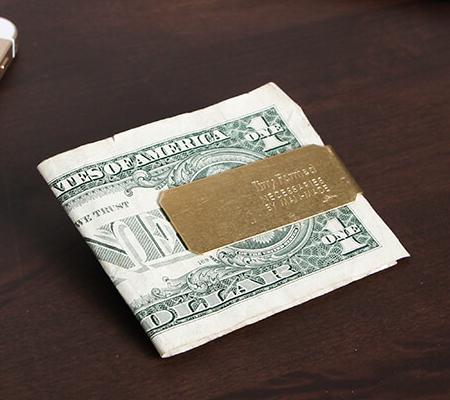 タイニーフォームドのマネークリップ Tiny metal money clip