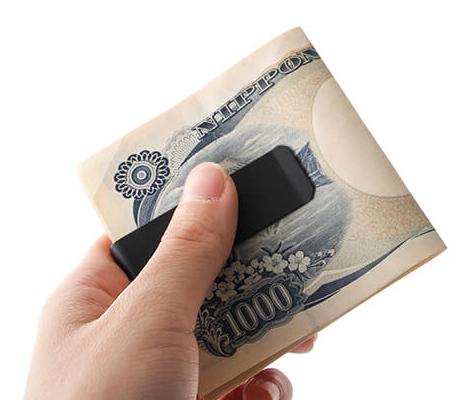 タイニーフォームドのマネークリップ Tiny metal money clip ブラック