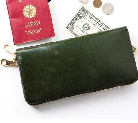 チマブエのパスポートケース ブライドル オーガナイザー パスポートケース 15072