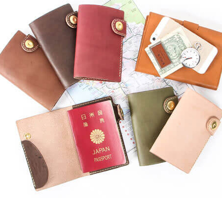 ブラウンブラウン パスポートケース