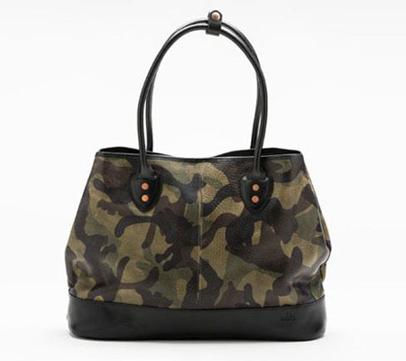 モブリス Camo Leather Tote Bag