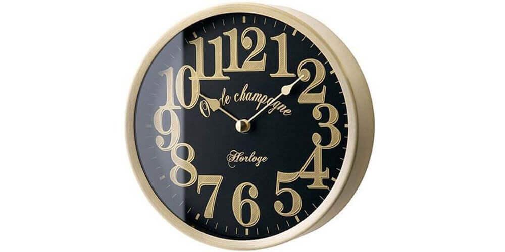 インターフォルムの掛け時計 Lifford