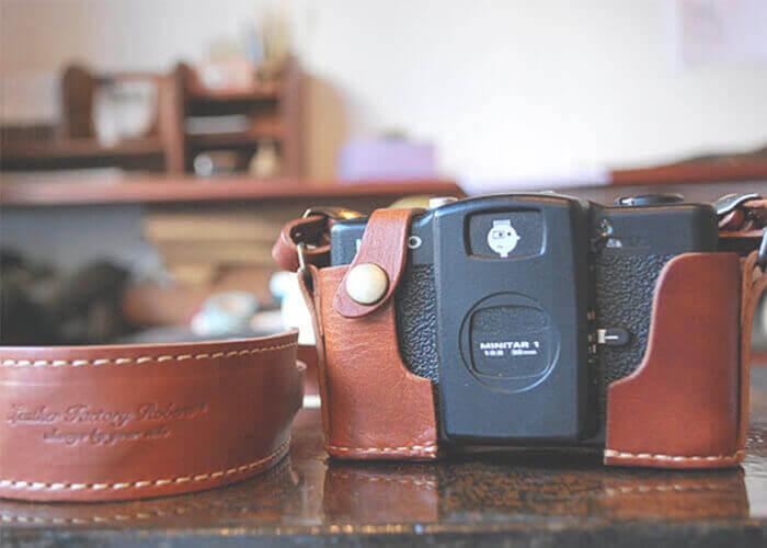 ロベル カメラホルダー LOMO LC-A+ホルダー レザーストラップセット