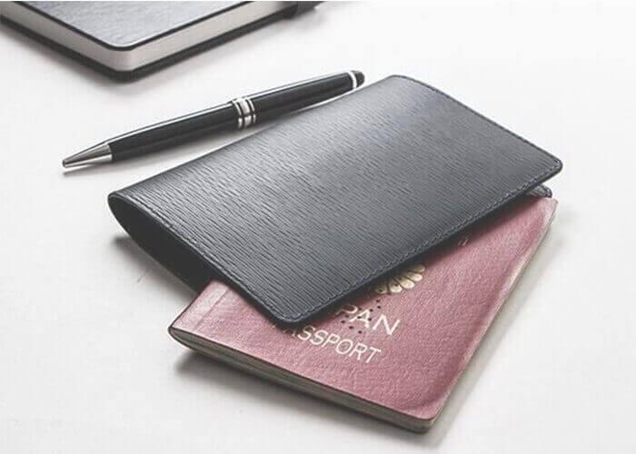 ジャン・ルソー  パスポートケース ソイエンボス カーフ
