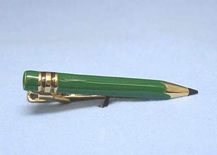 スワンクのタイピン 鉛筆 グリーン
