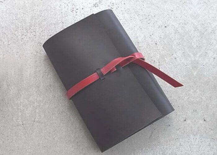 カクラのバイブルシステム手帳 urushiブラック
