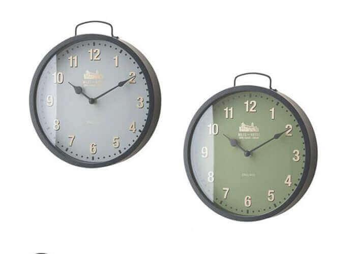 インターフォルムの掛け時計 Worlington