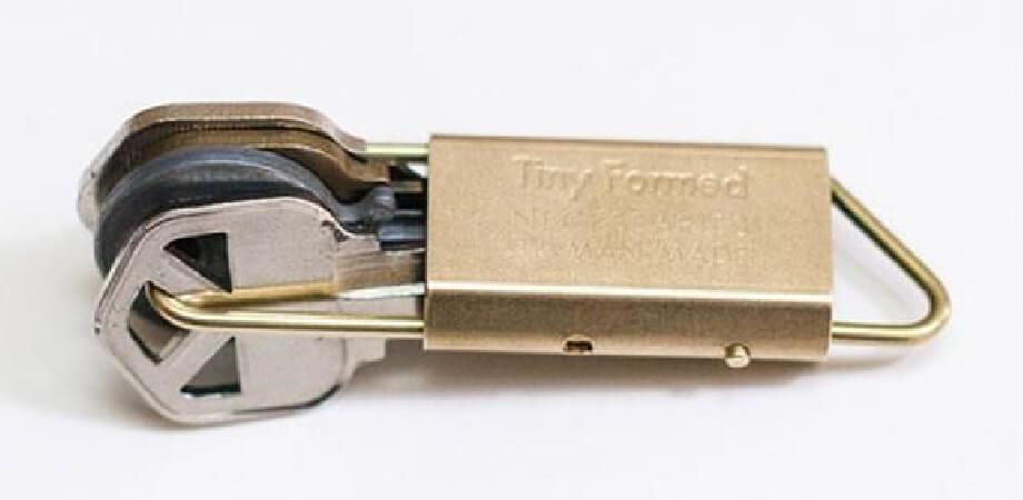 タイニーフォームド Tiny metal key fold キーホルダー Tiny Formed