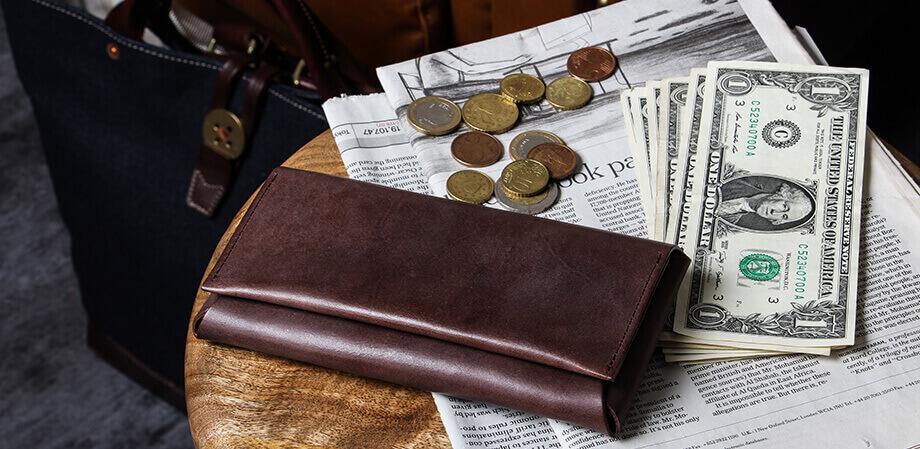 ファブリック コンパクト設計の長財布