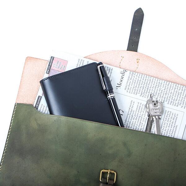 ブースターズ 小型パスポートケース