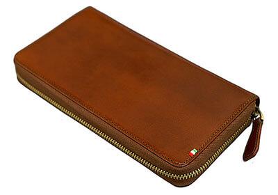 ミラグロのイタリア製ヌメ革 テラローザブラウンパスポートの入る財布