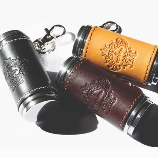 オロビアンコ 革貼り筒型携帯灰皿