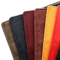 財布 カラー